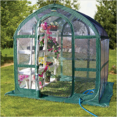 Post image for A Quick Greenhouse Solution